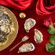 huitres opera ouvertes sur table marennes oléron france
